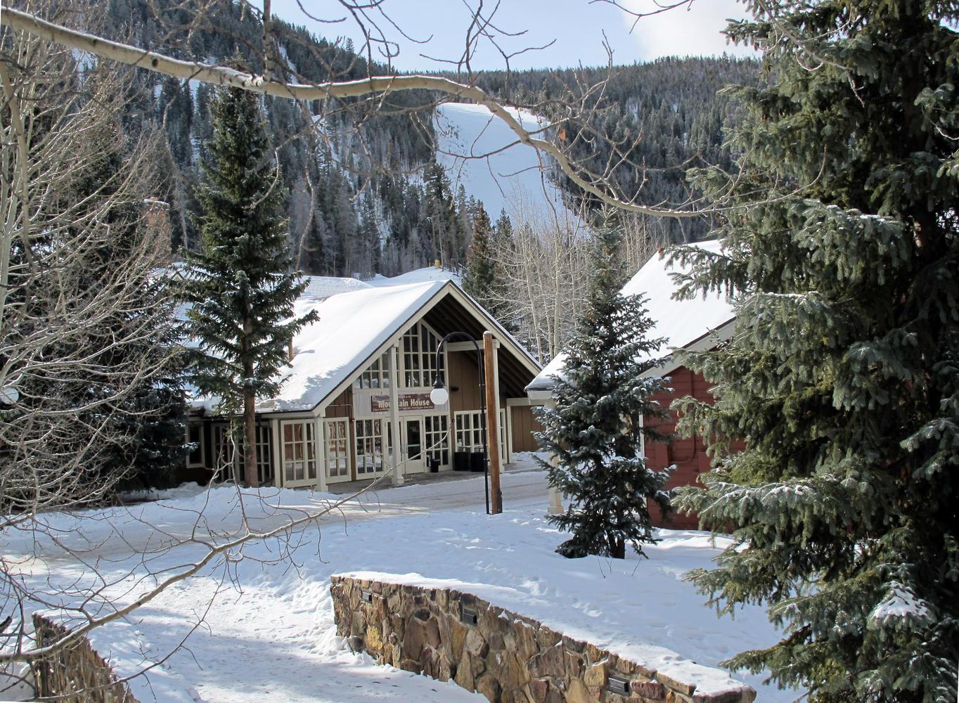 Keystone colorado condo rental seymour lodging for Cabins in keystone colorado