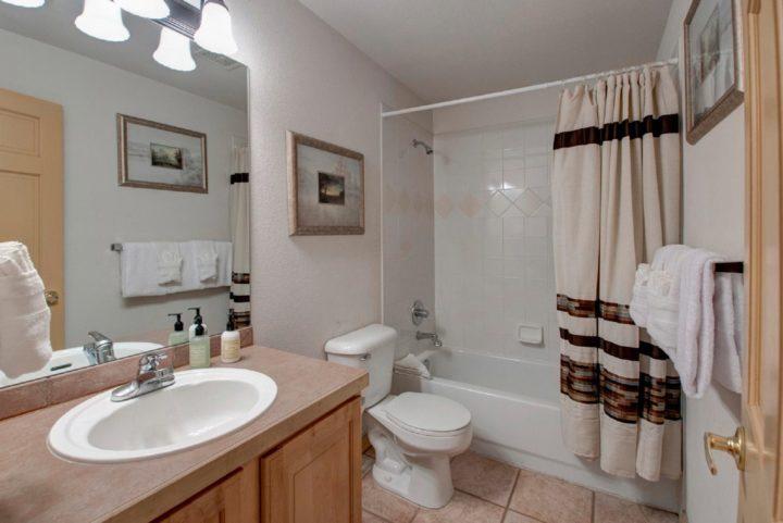 Unit 190: 3rd Bath (serves Bedroom 4)