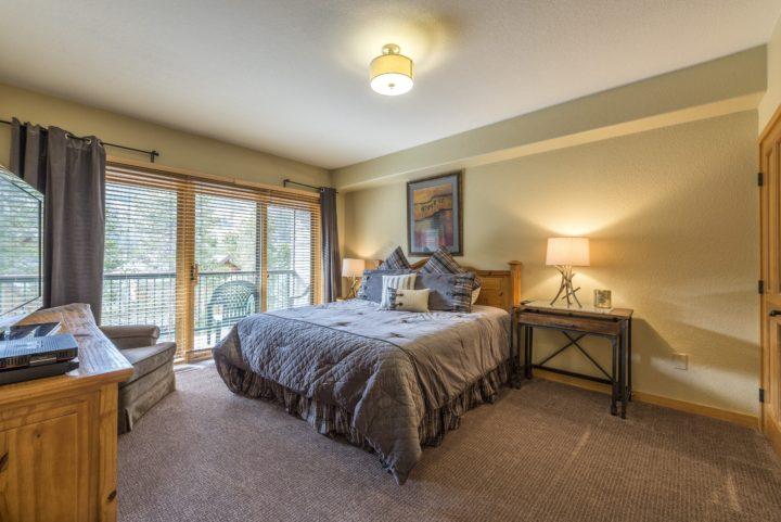 Bedroom 1 (King bed; 2nd TV)