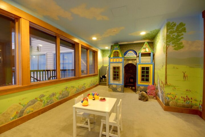 Play house in kids play room