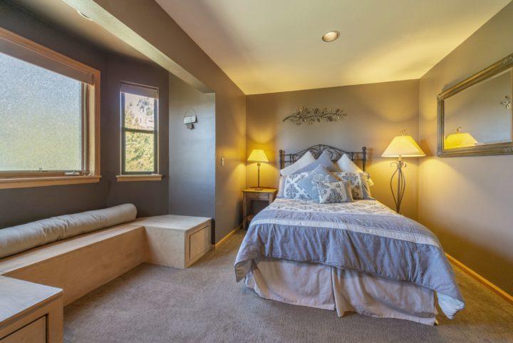 65 Snowberry Way bedroom 3