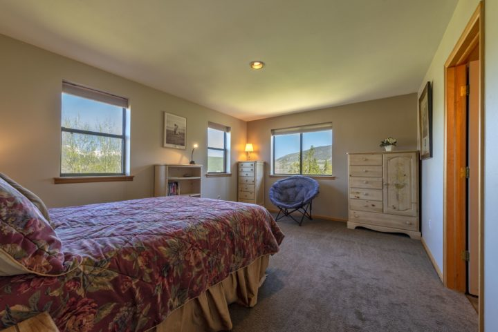 65 Snowberry Way bedroom 2