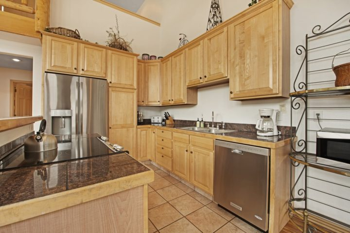Kitchen has all new stainless steel appliances