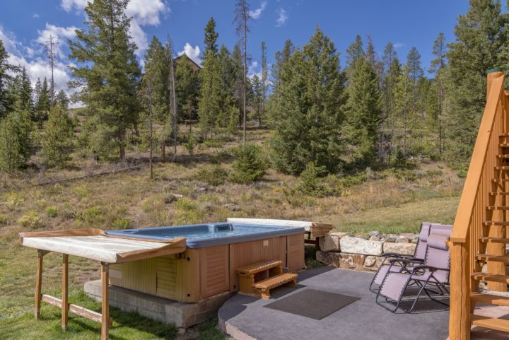 12 person private hot tub (Summer view).