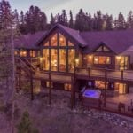 253 High Meadow Drive. 5BR/5 Bath luxury home near Keystone (3 min. drive)