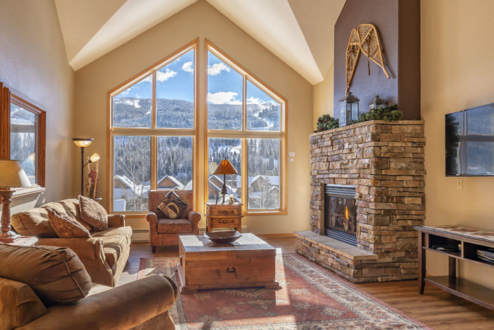 Direct unobstructed view of the ski runs from 2-story windows.