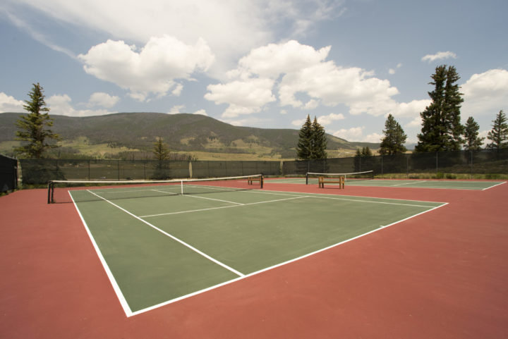 Clubhouse: Tennis, Fitness room, Racquetball/B-ball courts, Steam room, hot tub.