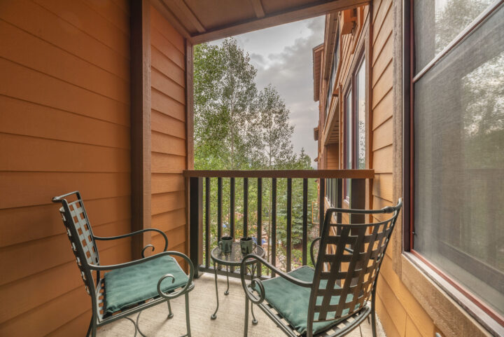 Secluded private deck for Master Bedroom 1